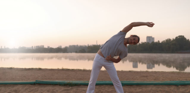 5 Easy Ways To Ease Hip Pain